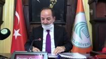 RECEP GÜRKAN - Lösemiye Dikkati Çekmek İçin Meclis Toplantısında Cerrahi Maske Taktılar