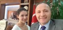 MUSTAFA ÜNAL - Rektör, 'Ağızlarına Biber Mi Sürelim' Cevabını Verdiği Öğrenciyle Bir Araya Geldi