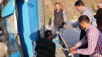 Sakarya'da Trafik Kazası Açıklaması 4 Yaralı