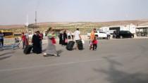 Suriyelilerin Güvenli Bölgelere Dönüşleri Sürüyor