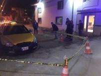 Taksicilerin Kavgası Kanlı Bitti Açıklaması 1 Yaralı
