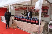 KURUYEMİŞ - Yüksekova'da Yöresel Ürünler Fuarı Açıldı