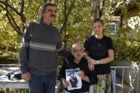 3 Ay Önce Kaybolan Eşi İçin Evinde Gece-Gündüz Nöbet Tutuyor