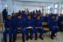 İSMAIL ÇETIN - Askerlerden Örnek Davranış