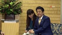 JAPONYA BAŞBAKANI - Bakan Çavuşoğlu, Japonya Başbakanı Abe İle Görüştü