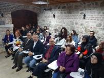 EFSED, Duayen İsim Ibrahımovic'i Fotoğraf Severlerle Buluşturdu