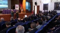 'İstanbul Şairi' Yahya Kemal Anıldı