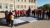 TRAFİK EĞİTİMİ - Jandarma Ekiplerinden Öğrencilere Uygulamalı Trafik Eğitimi