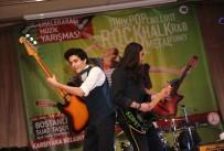 KARŞIYAKA BELEDİYESİ - Sahne Sırası Gençlerin