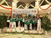KARATE - Salihlili Karateciler 13 Madalya Kazandı