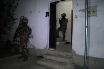 ADANA EMNİYET MÜDÜRLÜĞÜ - Torbacılara Şafak Baskını Açıklaması 25 Gözaltı