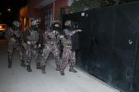 ADANA EMNİYET MÜDÜRLÜĞÜ - Torbacılara Şafak Vakti Baskın Açıklaması 25 Gözaltı