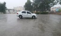 Akçakale'de Şiddetli Yağış