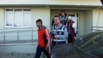 Burhaniye'de Hırsızlık Zanlıları Polisten Kaçamadı