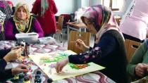 Çocuklar Eğitim Görüyor, Anneleri Meslek Öğreniyor