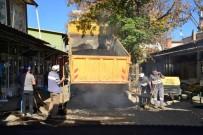 Gediz Belediyesinin Yol Yapım Ve Asfalt Kaplama Çalışmaları