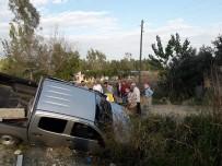 Kadirli'de Kamyonet İle Otomobil Çarpıştı Açıklaması 3 Yaralı