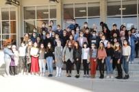 Üniversitelilerden 'Yaşama El Ver' Kampanyasına Destek