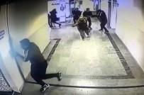 ÖĞRENCİ VELİSİ - Üsküdar'da Öğretmene Silahlı Saldırı Anı Kamerada