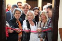 'Yaşasın Sanat' Edremit Sergisi Açıldı