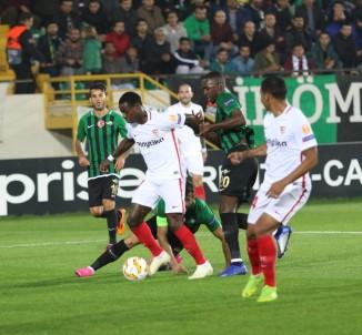 Akhisarspor, Sevilla'ya 3-2 Yenildi