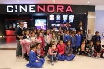Aksaray'da Hiç Sinemaya Gitmemiş Çocuklar Sinemayla Tanıştı