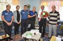 EMNİYET TEŞKİLATI - Antalya'da Gazinin Otobüsten İndirilmesi