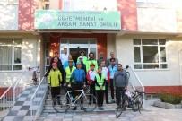'Atamızın Yolundayız' Etkinliğine Katılan Bisiklet Grubu Sandıklı'da