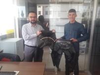 BAŞPEHLİVAN - Bakan Kasapoğlu'ndan Genç Güreşçilere Kispet
