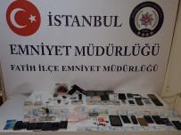 KOCAMUSTAFAPAŞA - Fatih'te Şüpheli Aracı Durduran Polis Ekipleri Uyuşturucu Şebekesini Çökertti