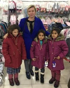 Gönül Elçisi Kaymakamın Eşinden Suriyeli Çocuklara Yardım Eli