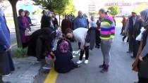 TEVFİK FİKRET - Kahramankazan'da Okul Servisi İle Otomobil Çarpıştı Açıklaması 6 Yaralı