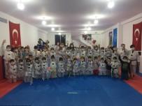 Lösemili Çocuklara Teakwondoculardan Destek