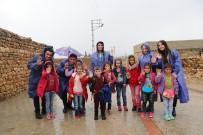 MUSTAFA YAMAN - Mardinmasa Ekipleri Yağmur Çamur Demeden Vatandaşı Dinliyor