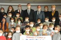 Öğrenciler Lösemiye Dikkat Çekmek İçin Maske Taktı, Para Bağışladı