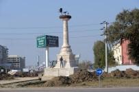 Osmangazi'ye İki Anıt