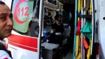 Otomobil Askeri Araç Ve Polis Motosikletlerine Çarptı Açıklaması 3 Yaralı
