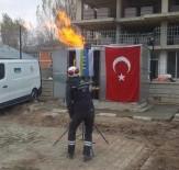 Türkiye'nin En Soğuk İlçesinde Doğalgaz Meşaleleri Yakıldı