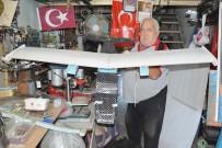 EĞİTİM UÇAĞI - Uçak Kokpitine Binerse Kurban Kesecek