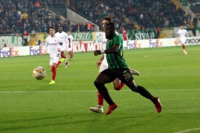 Akhisarspor gruptan çıkma şansını yitirdi! 5 gol, 2 penaltı, kırmızı...