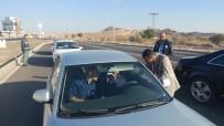 Vali Aktaş Karayolları Polis Uygulama Noktasını Denetledi