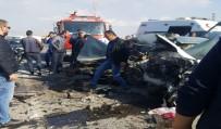 Afyonkarahisar'da Trafik Kazası Açıklaması 2 Ölü, 3 Yaralı