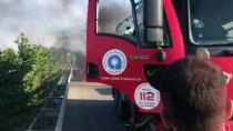 KARAÇAY - Antalya'da Seyir Halindeki Otomobil Yandı