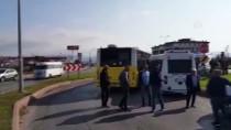 Balıkesir'de Belediye Otobüsü İle Minibüs Çarpıştı Açıklaması 9 Yaralı
