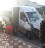 ÖĞRENCİ SERVİSİ - Batman'da Öğrenci Servisi İle Yolcu Minibüsü Çarpıştı Açıklaması 6 Yaralı