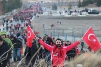 Binlerce Erzurumlu 141 Yıl Önceki Gibi Tabyalara Yürüdü