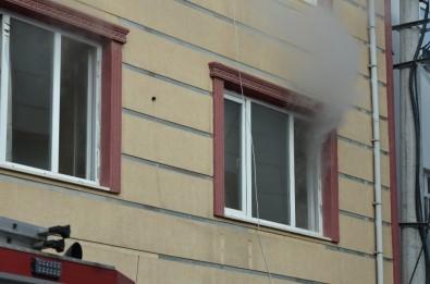 Fatsa'da Ev Yangını Korkuttu