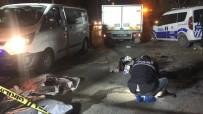 Hafif Ticari Araçla Motosiklet Çarpıştı Açıklaması 2 Ölü