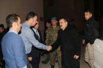 Hakkari Valisi Akbıyık'tan Yaralı Askerlere Ziyaret
