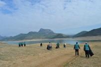 DENETİMLİ SERBESTLİK - Kozan Barajı'nda Çevre Temizliği